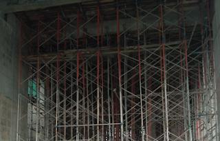 Bekisting Multiplex untuk Pelat dan Pemasangan Perancah atau Scafolding