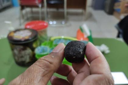 Warga DiJember Temukan Batu Bergerak Sendiri