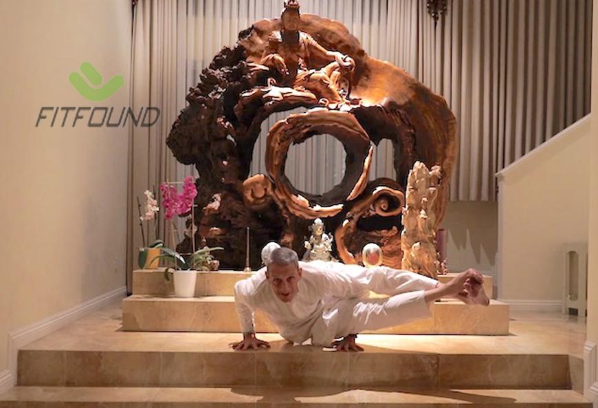 cach-bat-dau-tap-yoga-cho-nguoi-sau-tuoi-50