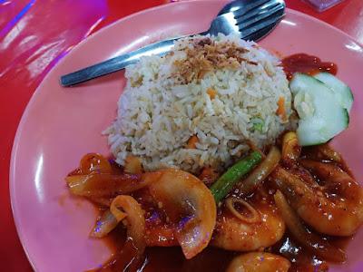 Dinner Nasi Goreng Sambal Udang Yang Sedap