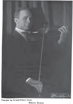 Cách giữ đàn violin cố định trên vai khi kéo vĩ