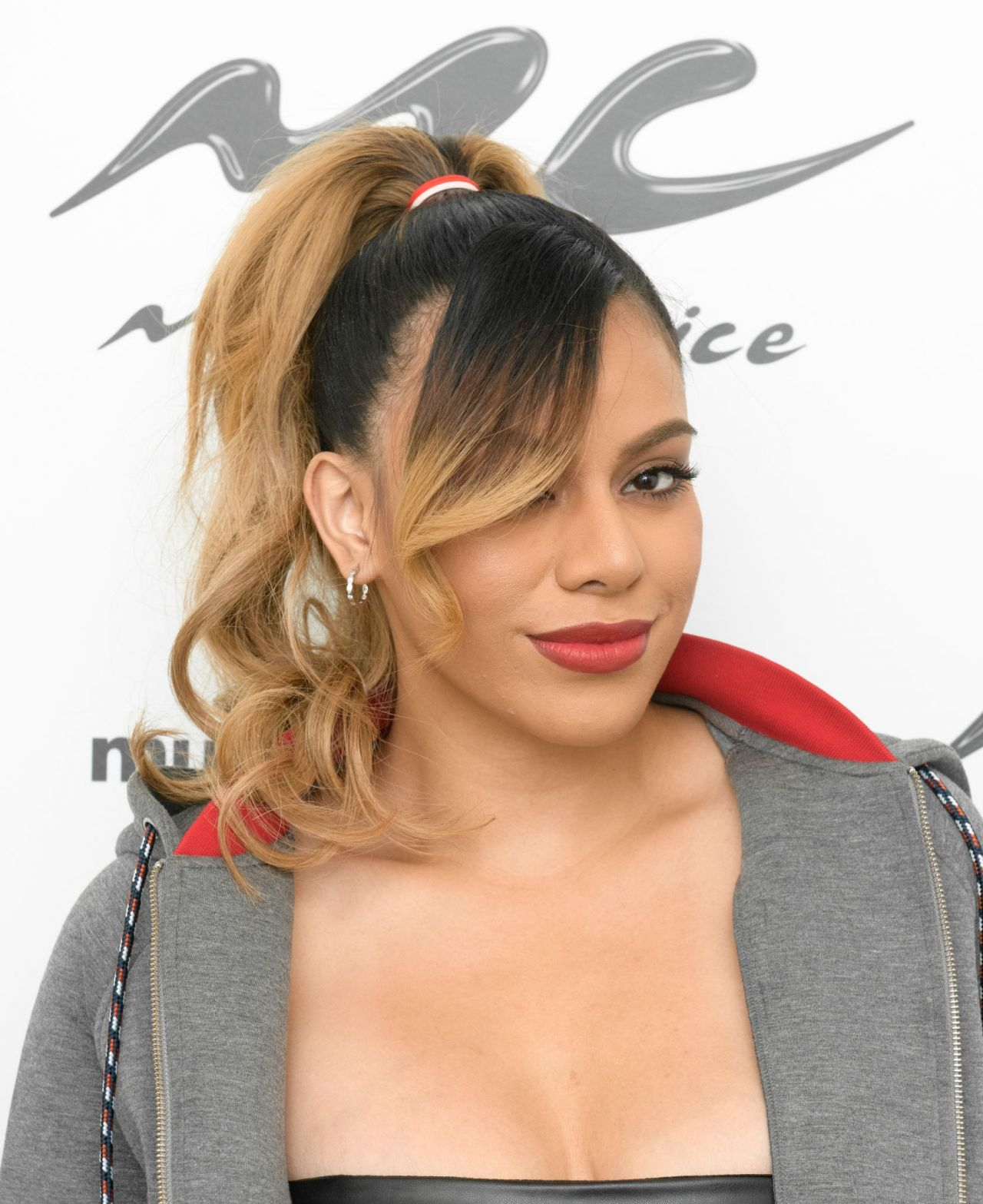 Red Carpet Dresses: Dinah Jane - Music Choice 2019