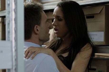 Prince Harrys Girlfriend Meghan Markle Features On X Rated Porrnhub Website In Steamy Tv Scenes