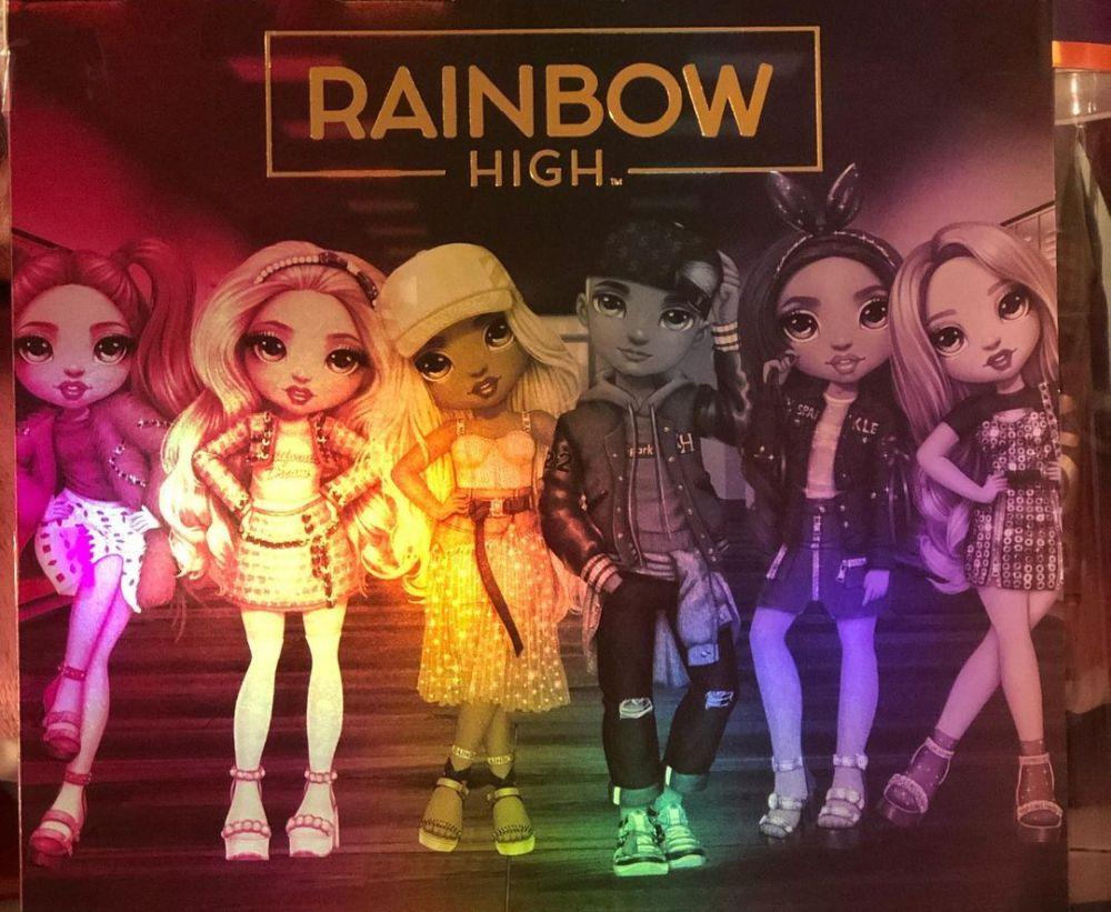 Rainbow High Dolls сезон 2 мальчик и Bella Parker