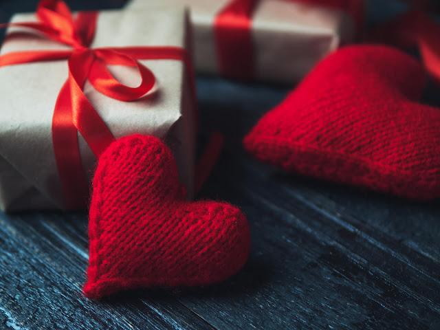 4-Rekomendasi-Kado-Valentine-Terbaik-untuk-Pasangan