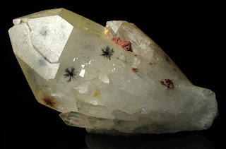 hollandite on quartz