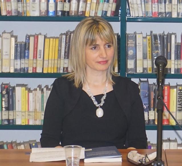 La scrittrice albanese Irma Kurti inizia il 2021 con il primo premio letterario in Italia