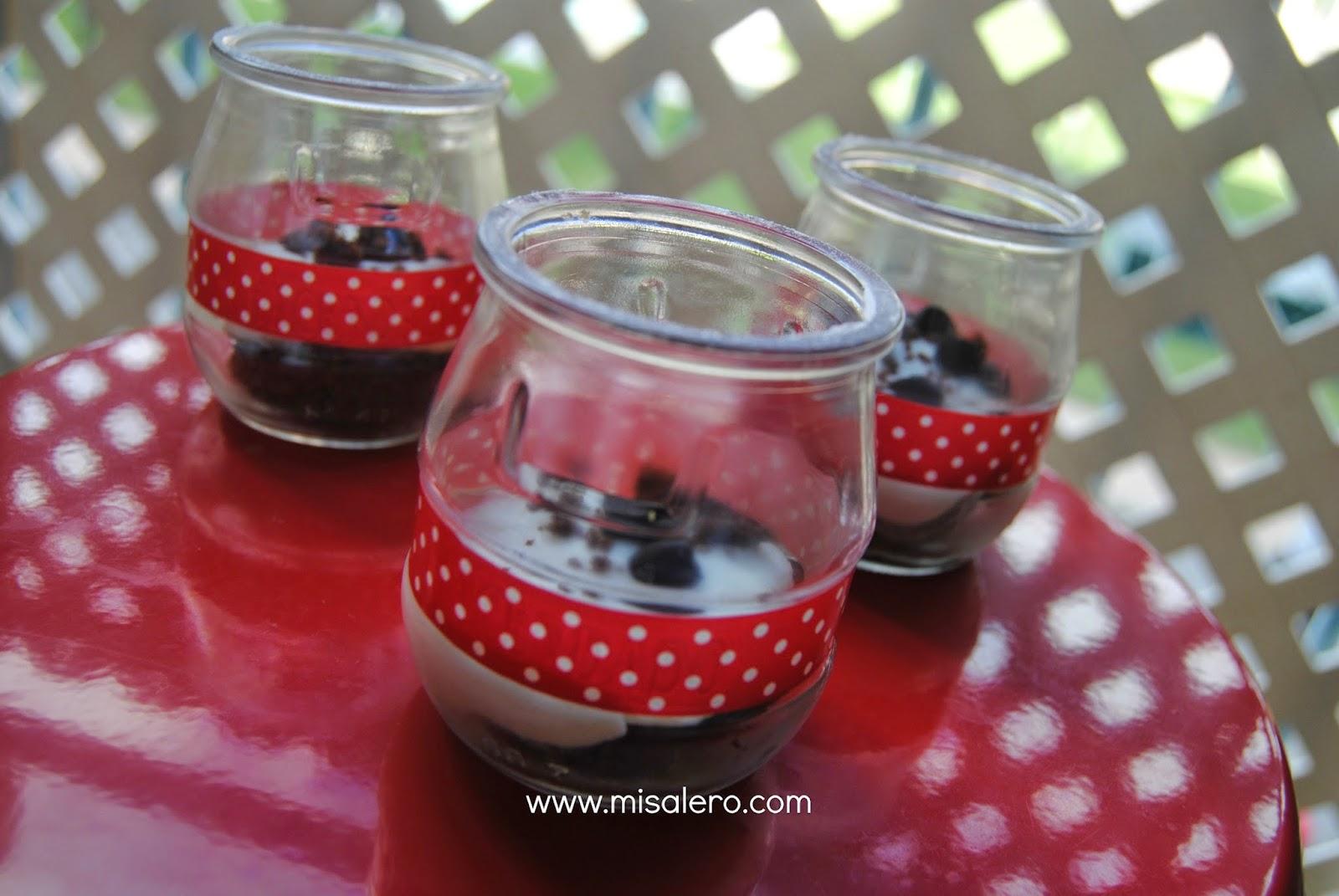 http://www.misalero.es/2014/12/trifle-de-brownie-natilla-y-crema-de.html