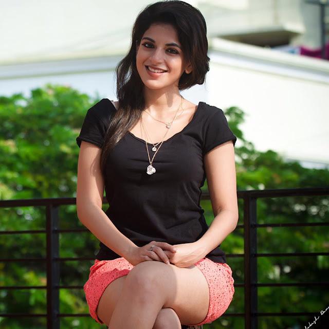 Iswarya Menon Latest Pics