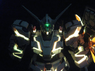 HGUC 1/144 Gunpla RX-0 Unicorn Gundam [D] with Phosphorescence