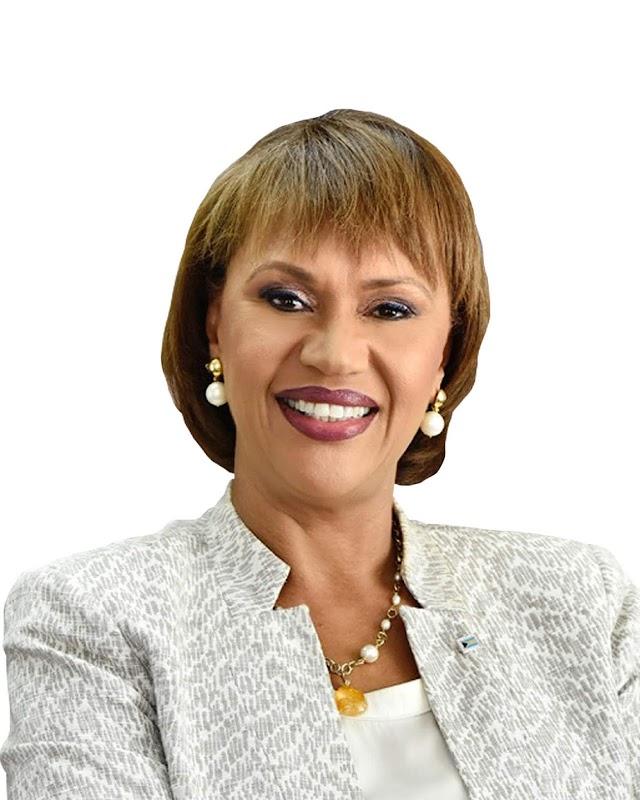 """Dña. Joy Jibrilu, Directora General del Ministerio de Turismo de Las Bahamas, ha sido nombrada  """"Directora de Turismo del Caribe del año"""""""