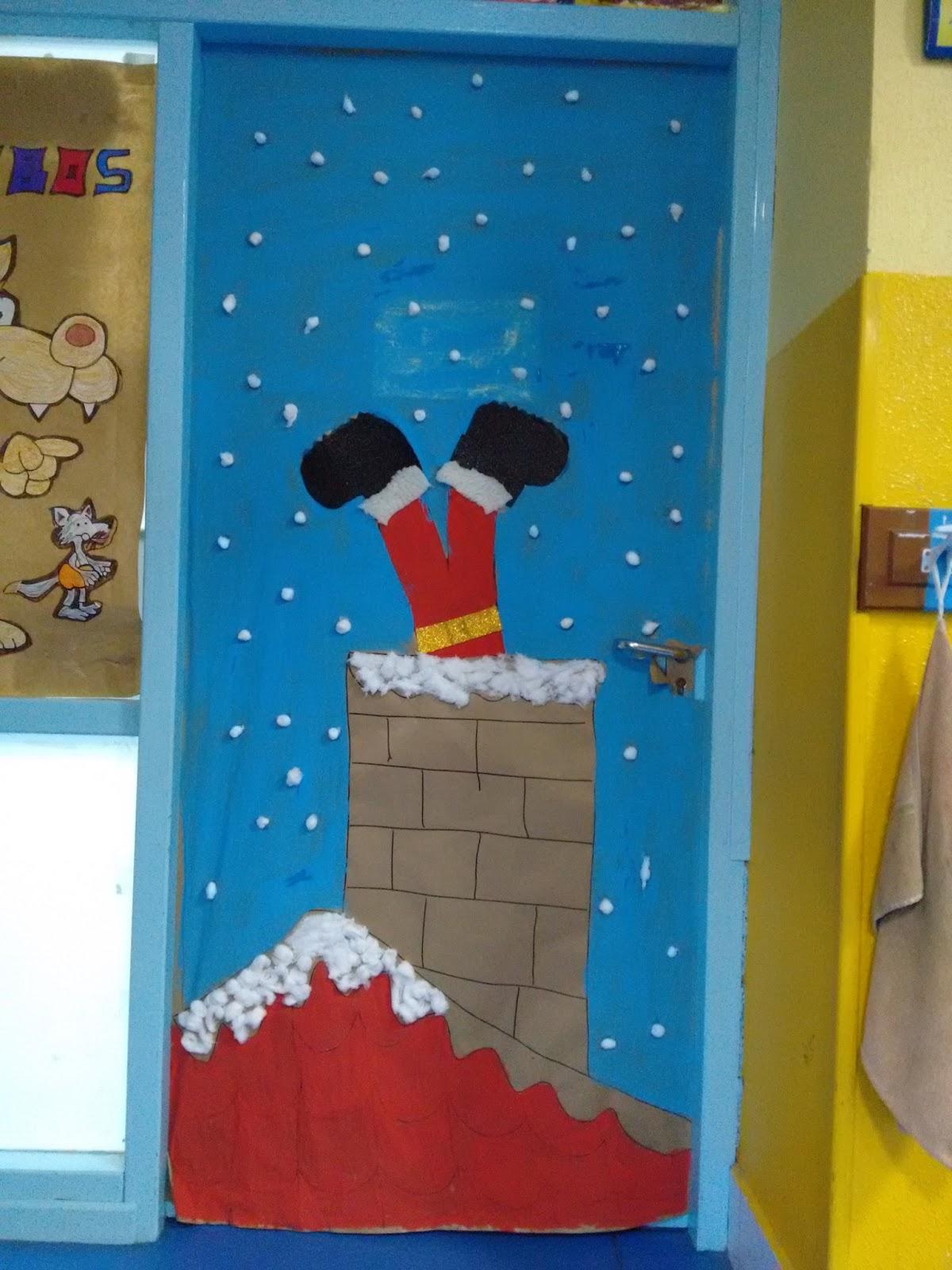 Manualidades del colegio el salvador puertas navide as 3 for Puertas decoradas para el 10 de mayo