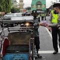Aksi Simpatik Satlantas Polres Purbalingga, Ada Bagi-bagi Takjil Juga Lho..
