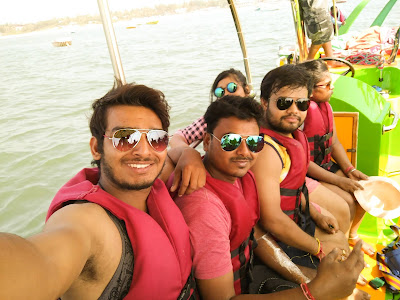 Goa paragliding at Baga Beach