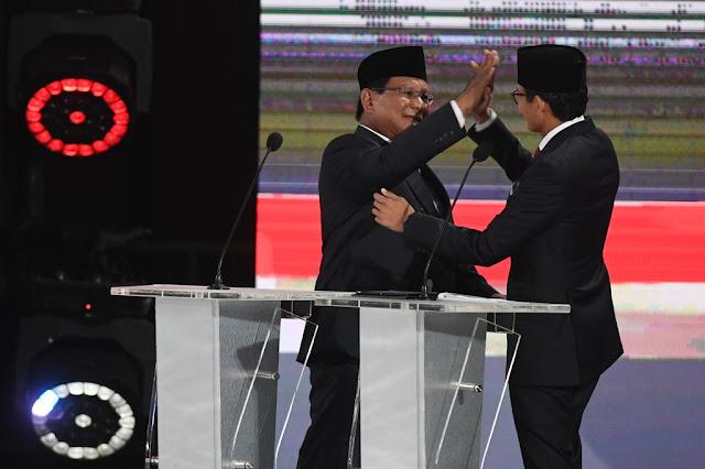 Tutup Debat, Sandiaga Ajak Masyarakat 17 April ke TPS 'Tusuk Prabowo-Sandi'