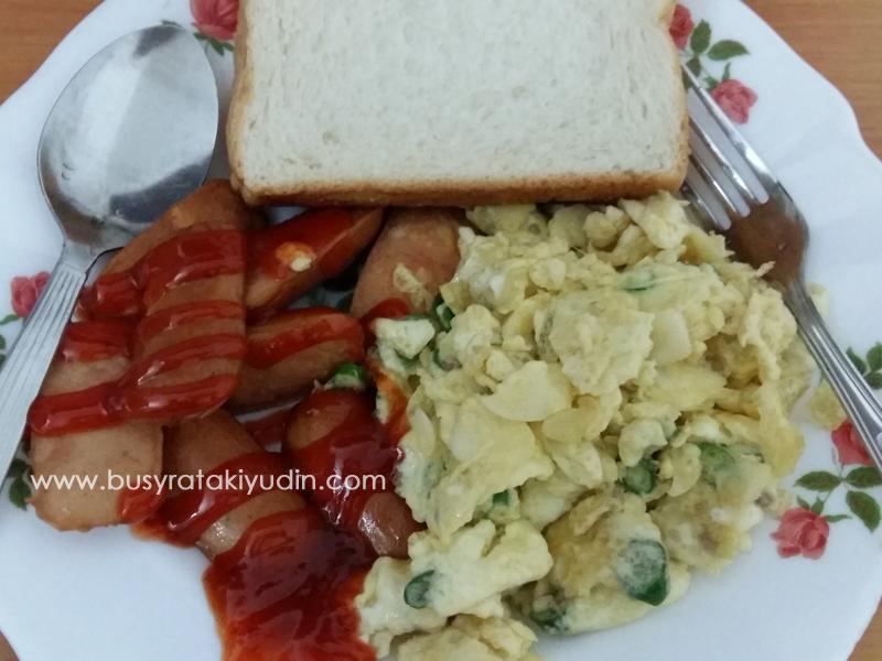 #FoodWritingChallenge - Day 1: Menu sarapan pagi cepat dan mudah!