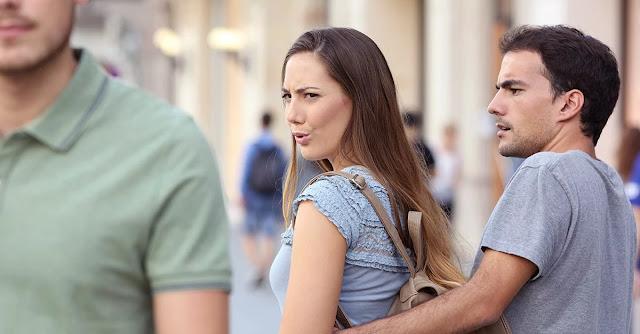 50% de las mujeres tienen un 'hombre de reserva' en caso de que su relación actual falle