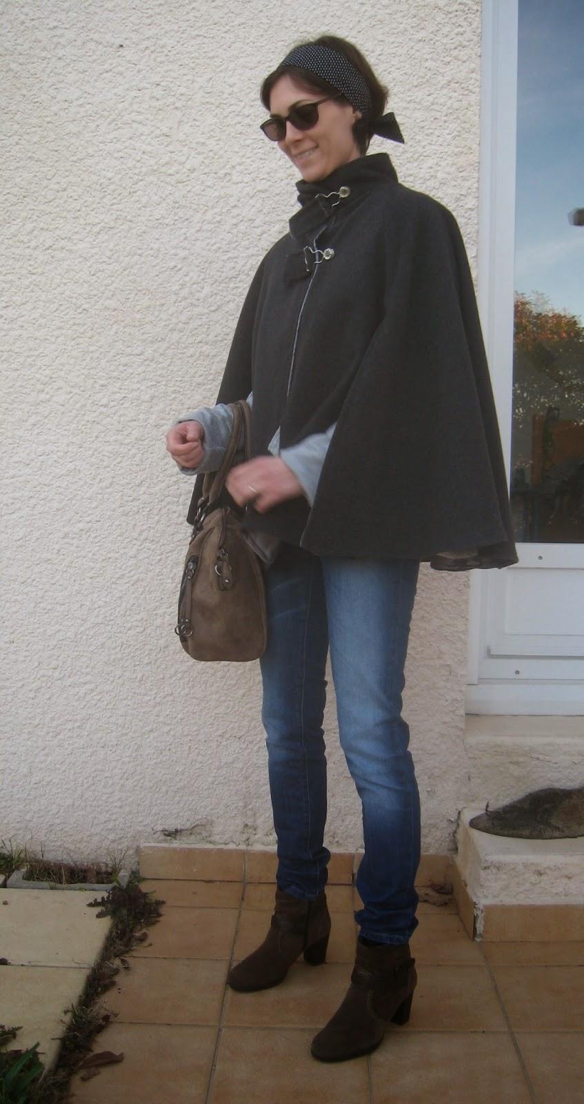 Trendy Cape Top Fashion Looks With Jeans Idea: Miss Popeline: La Trendy Cape De Vanessa Pouzet