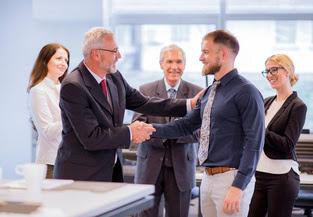 Cara Menjadi Bos yang Berwibawa yang Disukai Karyawan