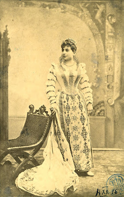 Soprano Hariclea Darclée, the first Tosca