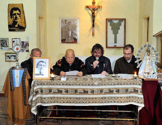 Padres das favelas defende posição adotada pelo Papa Francisco.