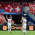 Suíça aproveitou os erros da Albânia para estrear vencendo