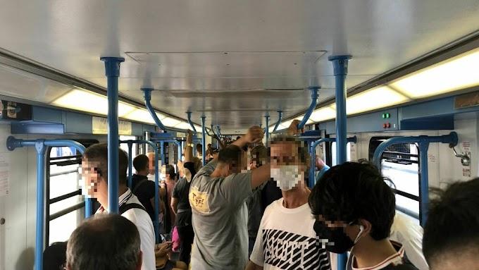 Vitinia, negazionisti istigano i passeggeri del treno a togliersi la mascherina