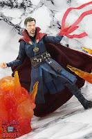 S.H. Figuarts Doctor Strange (Battle On Titan Edition) 46
