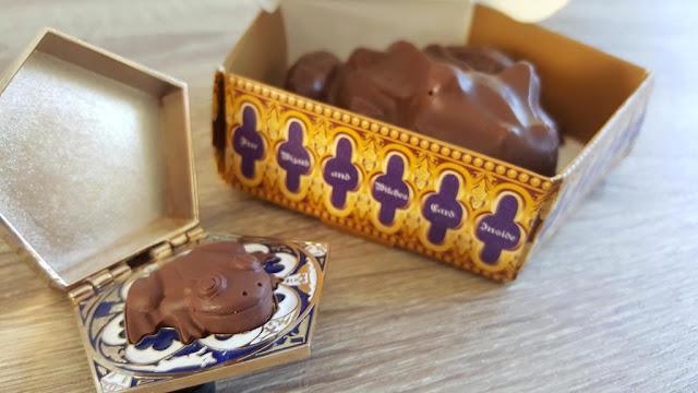 chocogrenouille-pins-et-chocolat-boutique-harry-potter
