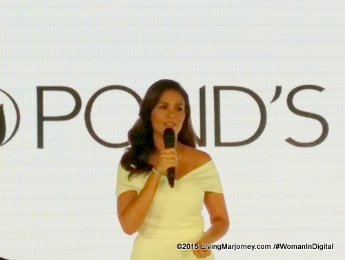 Iza-Calzado-Ponds-Girl