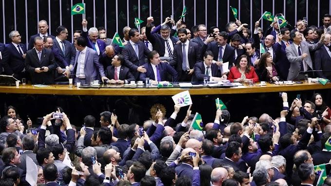 Veja como votaram os deputados da Bahia no 1º turno da reforma da Previdência