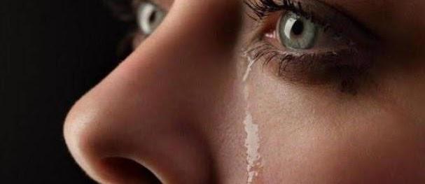 Jika Bebanmu Terasa Berat, Menangislah. Karena Air Mata Adalah Do'a Disaat Kamu Tak Mampu Bicara
