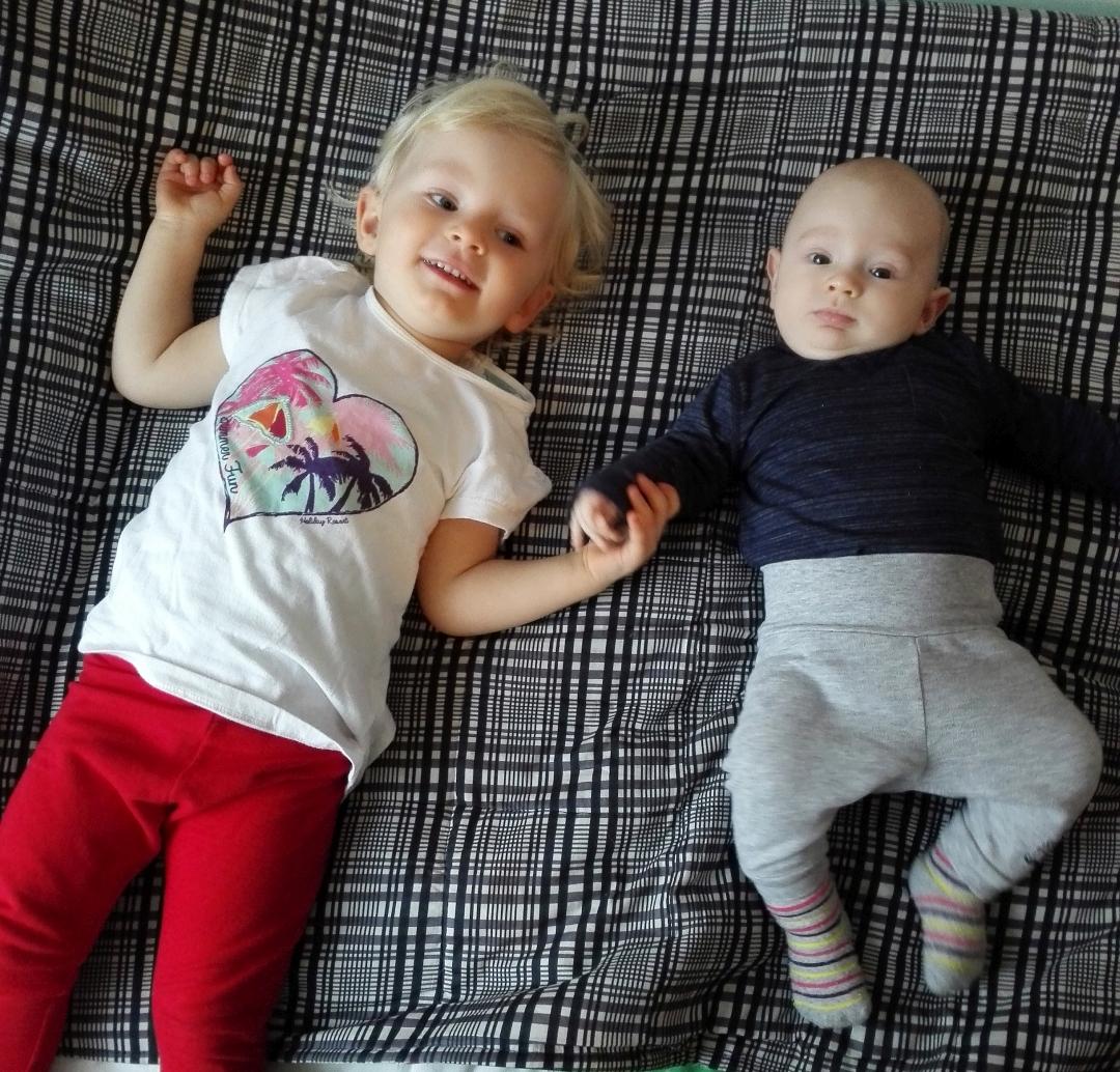 čtvrtý trimestr, život s miminkem, batole, miminko, mateřská dovolená