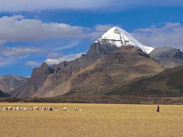 http://1.bp.blogspot.com/-KB1k30Ggy3U/UC-OydCZs0I/AAAAAAAAAEU/55ANe0k3qs8/s320/mount_kailash_transhimalaya__western_tibet.jpg