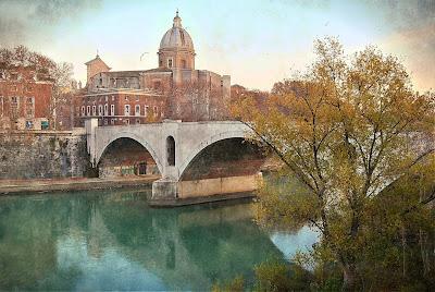 Soft Trekking sulle banchine del Tevere - 2° percorso dall'Ara Pacis a San Giovanni dei Fiorentini - Visita guidata Roma