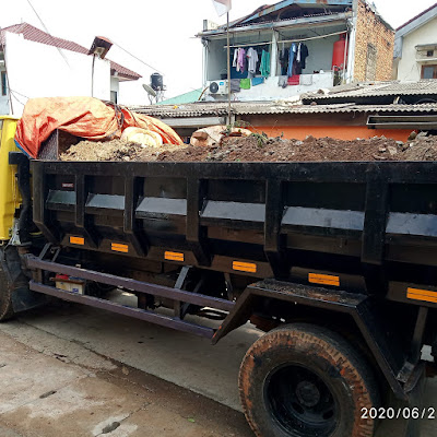 jasa-angkut-buang-puing-sampah-proyek-jombang-ciputat-tangerang-selatan