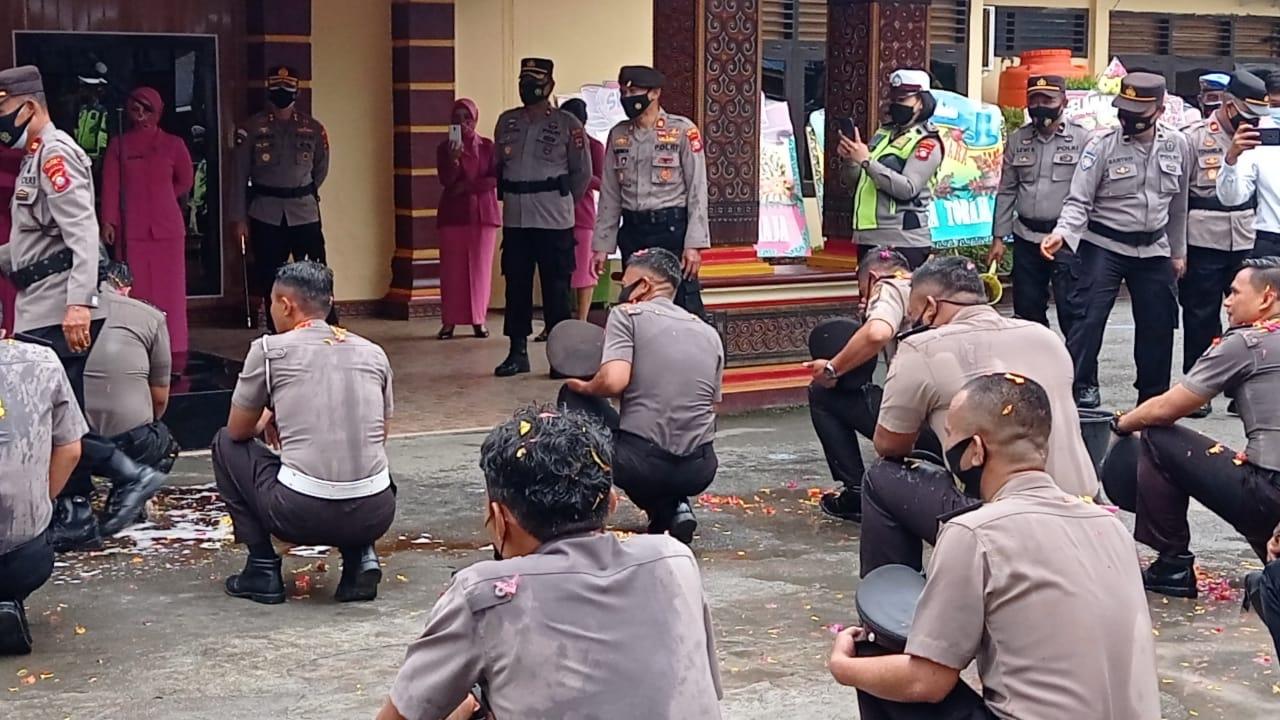 16 Personil Polres Tana Toraja Naik Pangkat, Kapolres Sampaikan Ini!