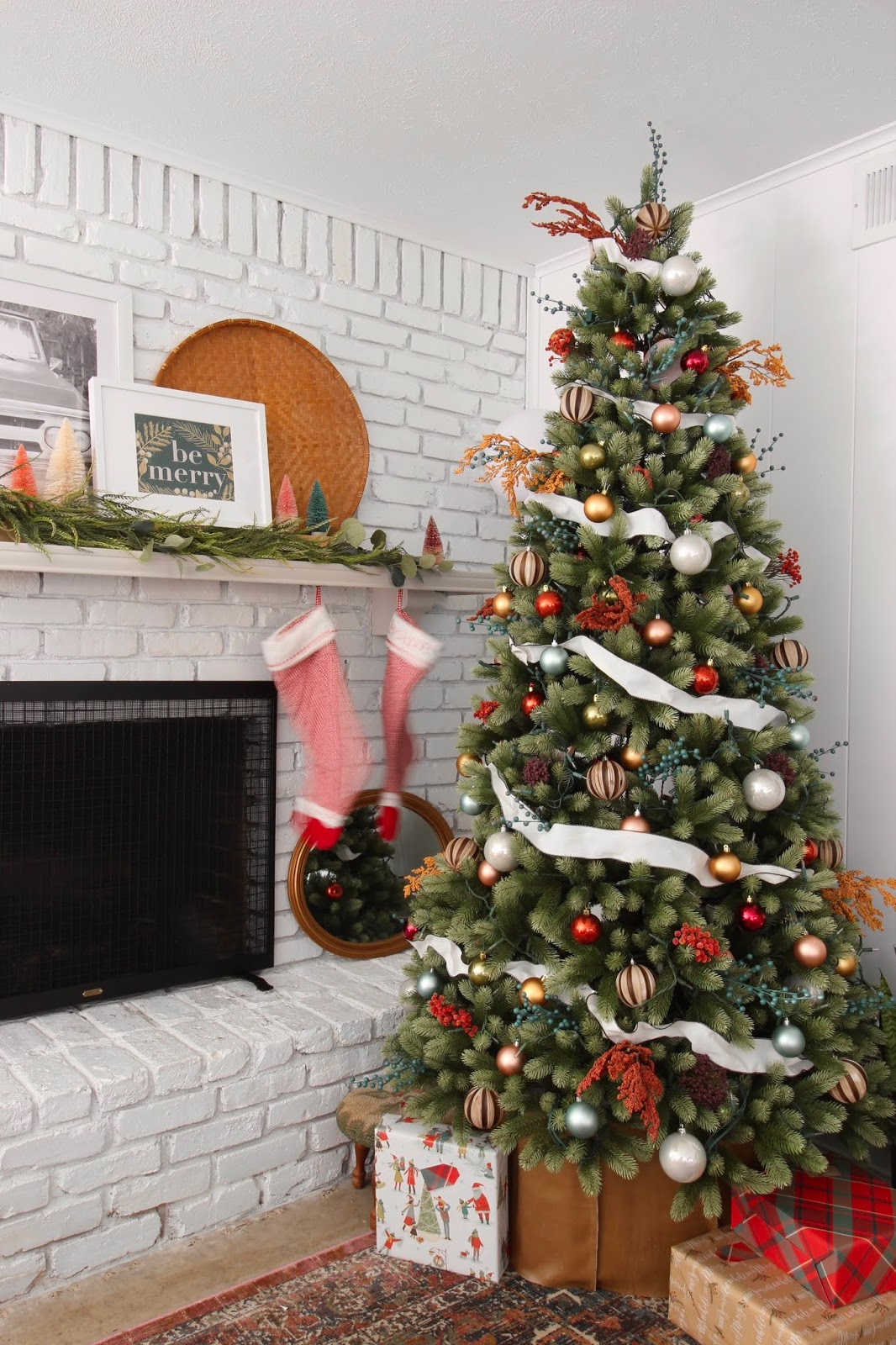 My Home Style: warm, classic, casual Christmas Tree | House Homemade