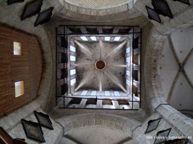Torre de la Iglesia de San Nicolas, Gante