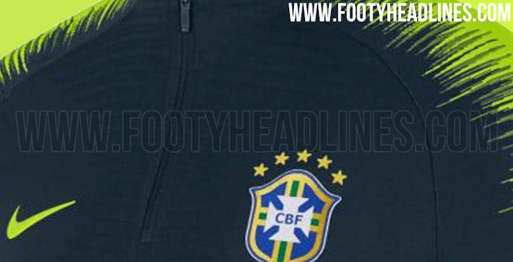 99670e4392 Le haut d'entraînement Nike VaporKnit Strike du Brésil de la Coupe du Monde  2018 doit sortir en Avril 2018, avec les nouveaux maillots domicile et  extérieur ...