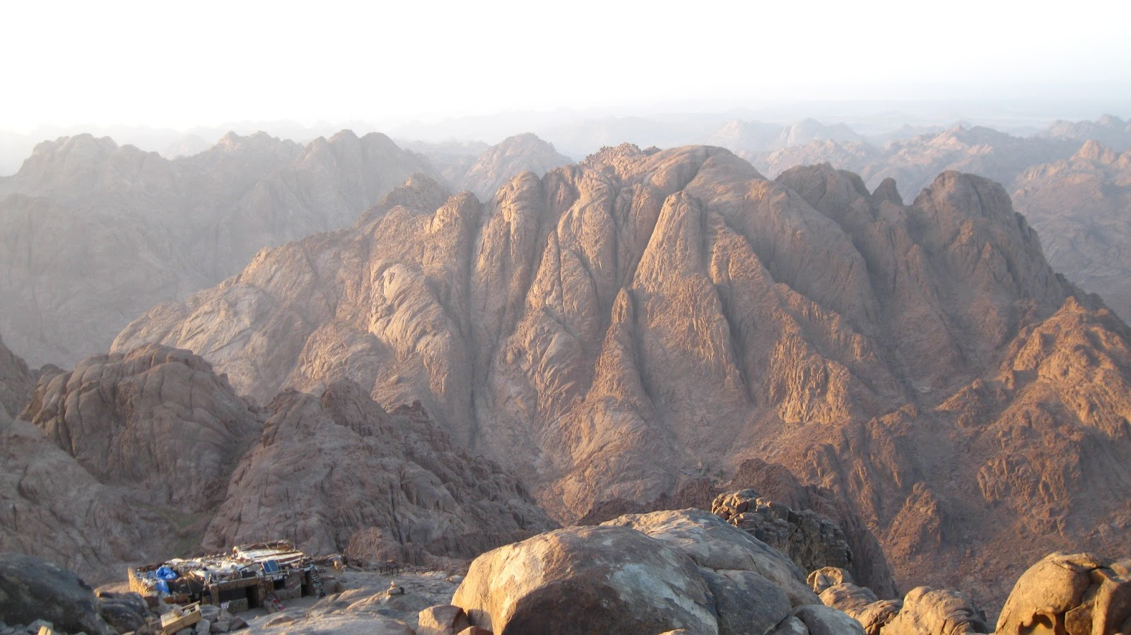 38 Days In Egypt Budget Travel In Egypt Climbing Mt Sinai