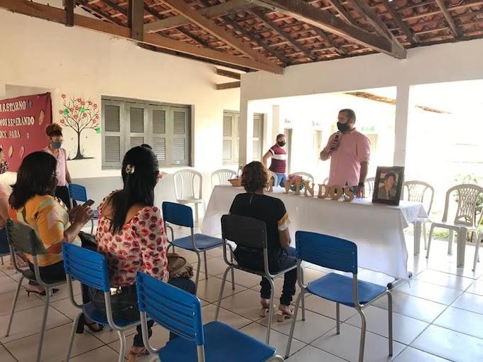O Colégio Marcelino Monteles reuniu-se com a comunidade escolar para tratar sobre o retorno das aulas.