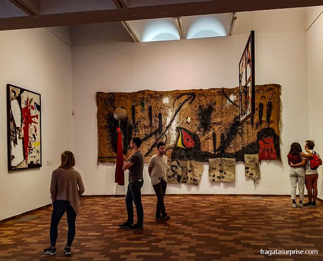 Tapeçaria de Miró na Fundação Joan Miró, Barcelona