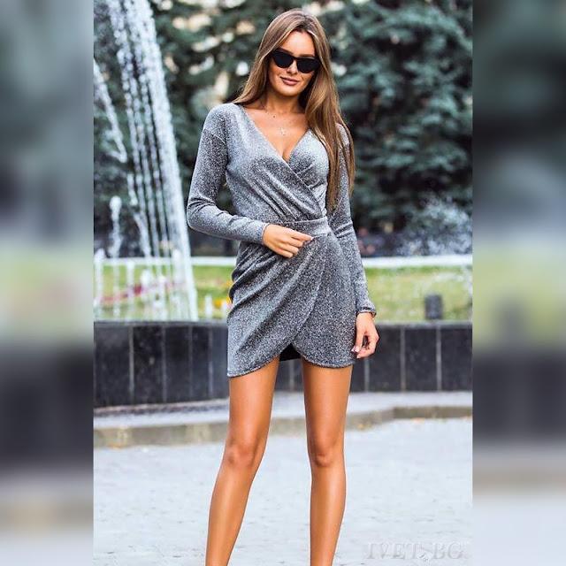 Μακρυμάνικο εντυπωσιακό κοντό  ασημί φόρεμα HAMISI