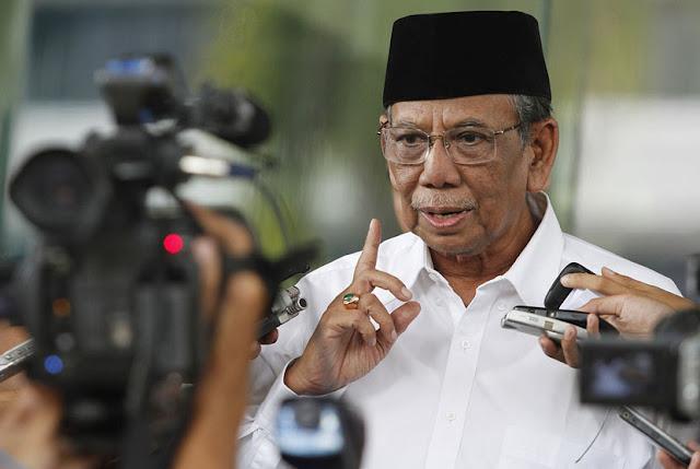 KH Hasyim Muzadi: Ada Skenario Besar Ahok akan Dinyatakan tak Menista Agama