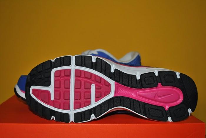 Niebieskie buty marki Nike Dual Fusion