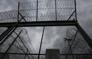 President Obama Shortens Sentences For 214 Federal Prisoners