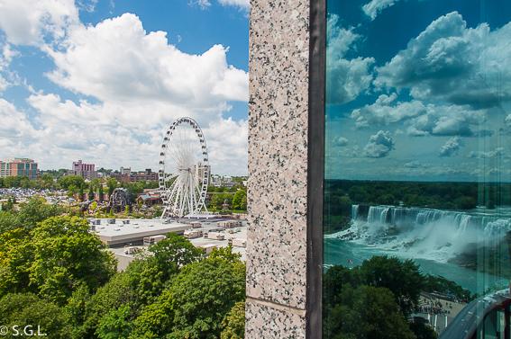 Noria en Niagara. Cataratas del Niagara