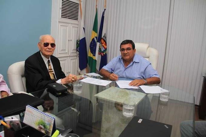 Joaquim de Oliveira deixa a prefeitura de São Gonçalo depois de 31 anos