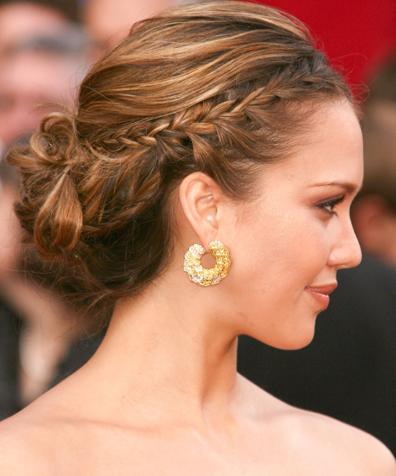 7 Glam and Easy Updos for Your Summer Wedding